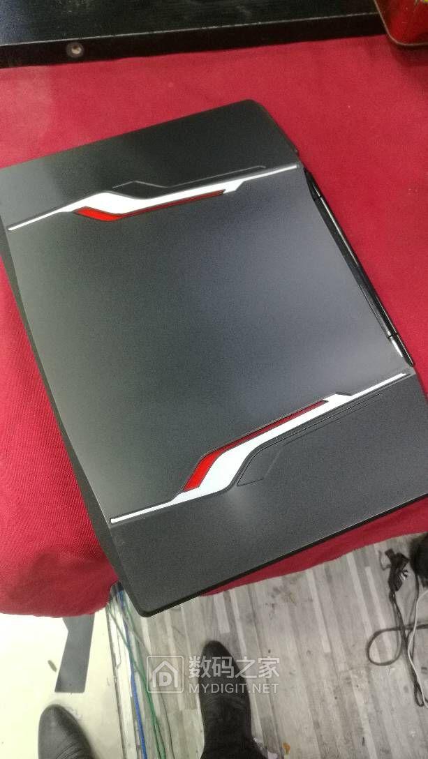 雷神游戏笔记本 i7 GTX
