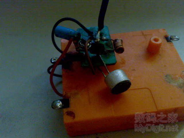 无线调频耳机电路图 原理图论坛 单片机电路论坛 mcu资讯 原子频标图片