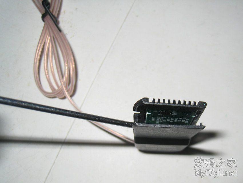 拆解三星液晶电视配的FM接收器SAMSUNG KSR MX028图片