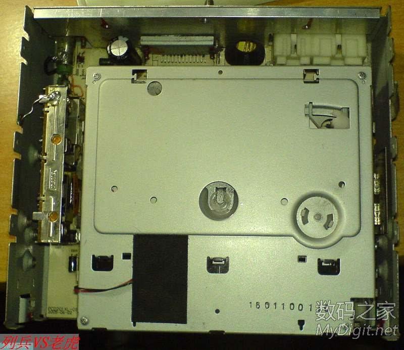 海鸥牌QCD8802汽车收音机FM无声 或断续沙哑故障修复