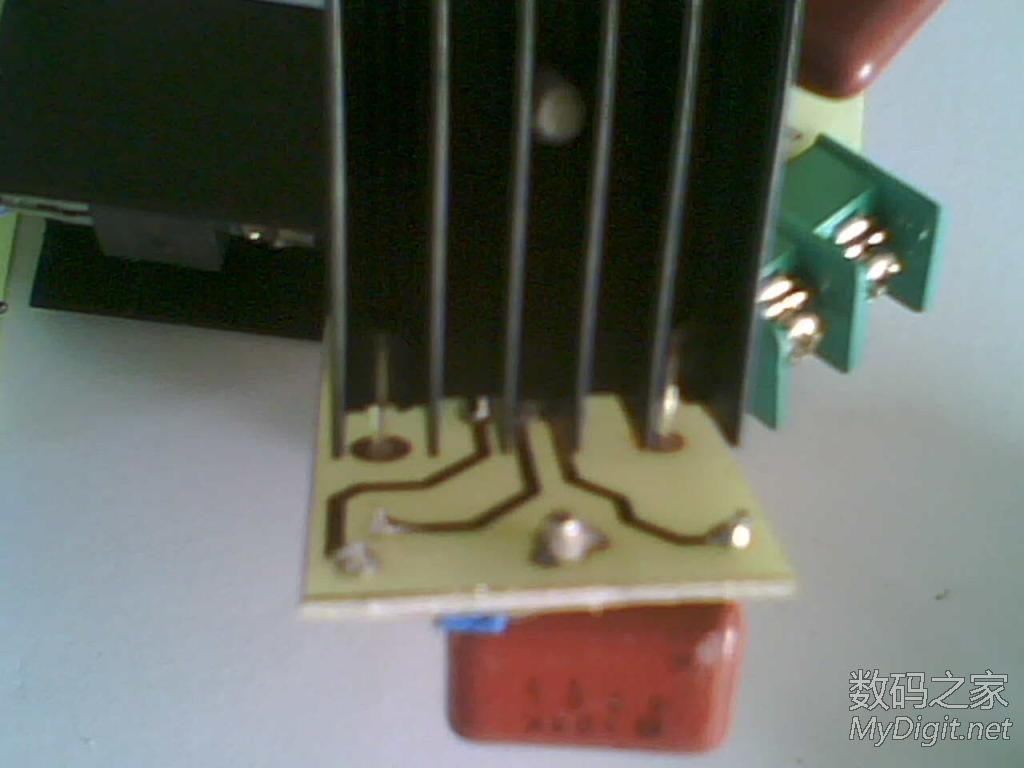 为了解决学院宿舍限电的问题,赶制了100个这个东西(转) 76_694455_b1fd2553628374c