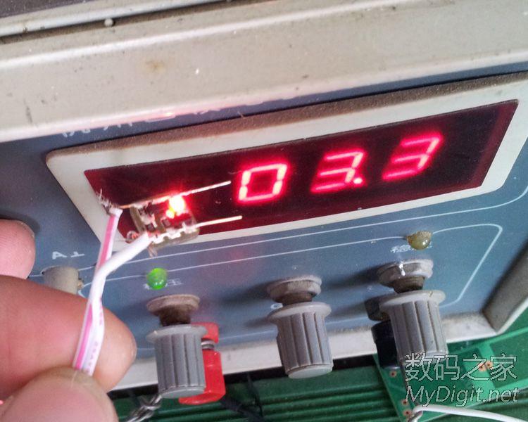 = = = = 利用空闲的时间玩玩小东西锂电低压指示灯 = = = = =