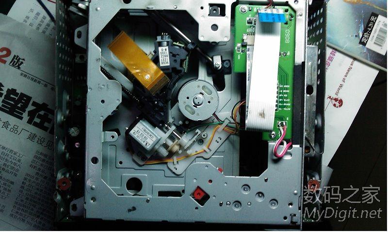 拆一个汽车功放 TDA7388,代MP4 DVD CD FM