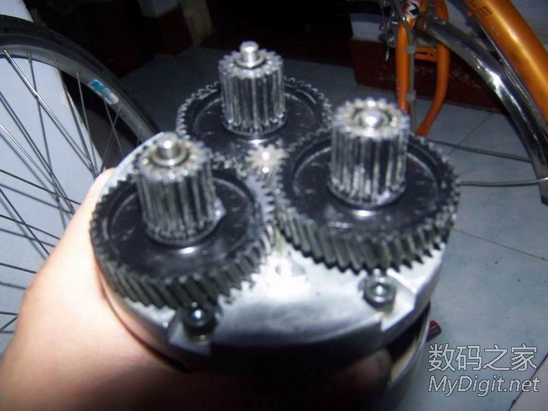三洋前驱电动助力车电机拆解图片