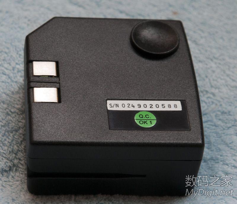 0.4A电源.打算用这个和电机配套,做个小电钻.   另外打算用3节图片