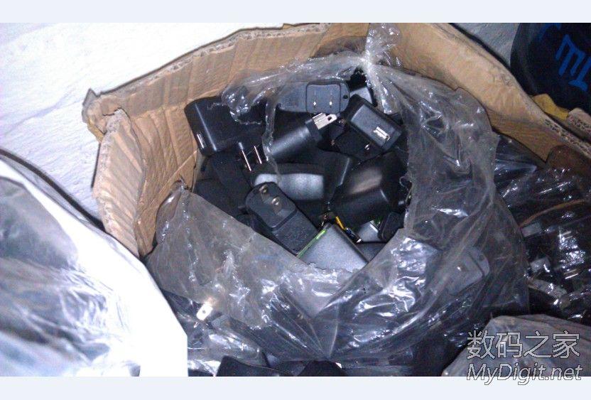 上百斤手机充电器垃圾价