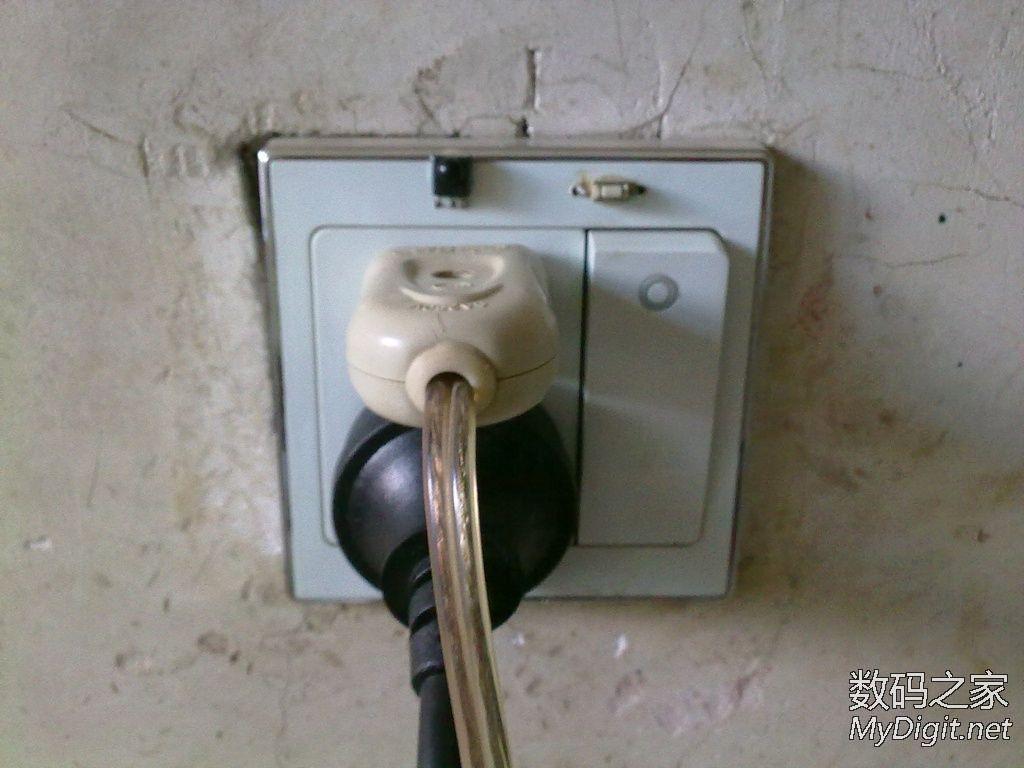 一年前DIY的电灯红外遥控开关