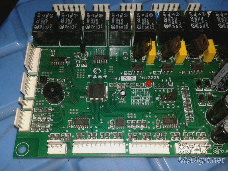 出两个电动车控制器,几个路由器电路板 考勤机电路板 LED灯珠