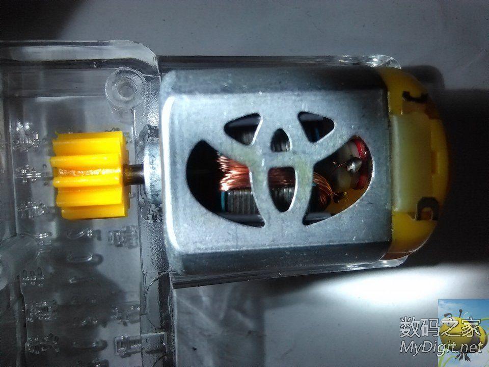产品全透明镂空手摇发电机图片