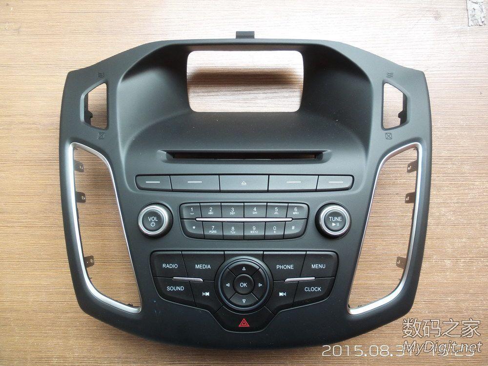 拆全新福克斯自带的CD机,求助接线高清图片