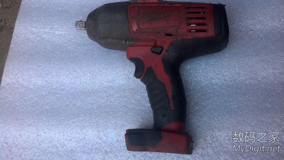 出售几个 拆机工具,牧田 得伟 博世,有需要的联系