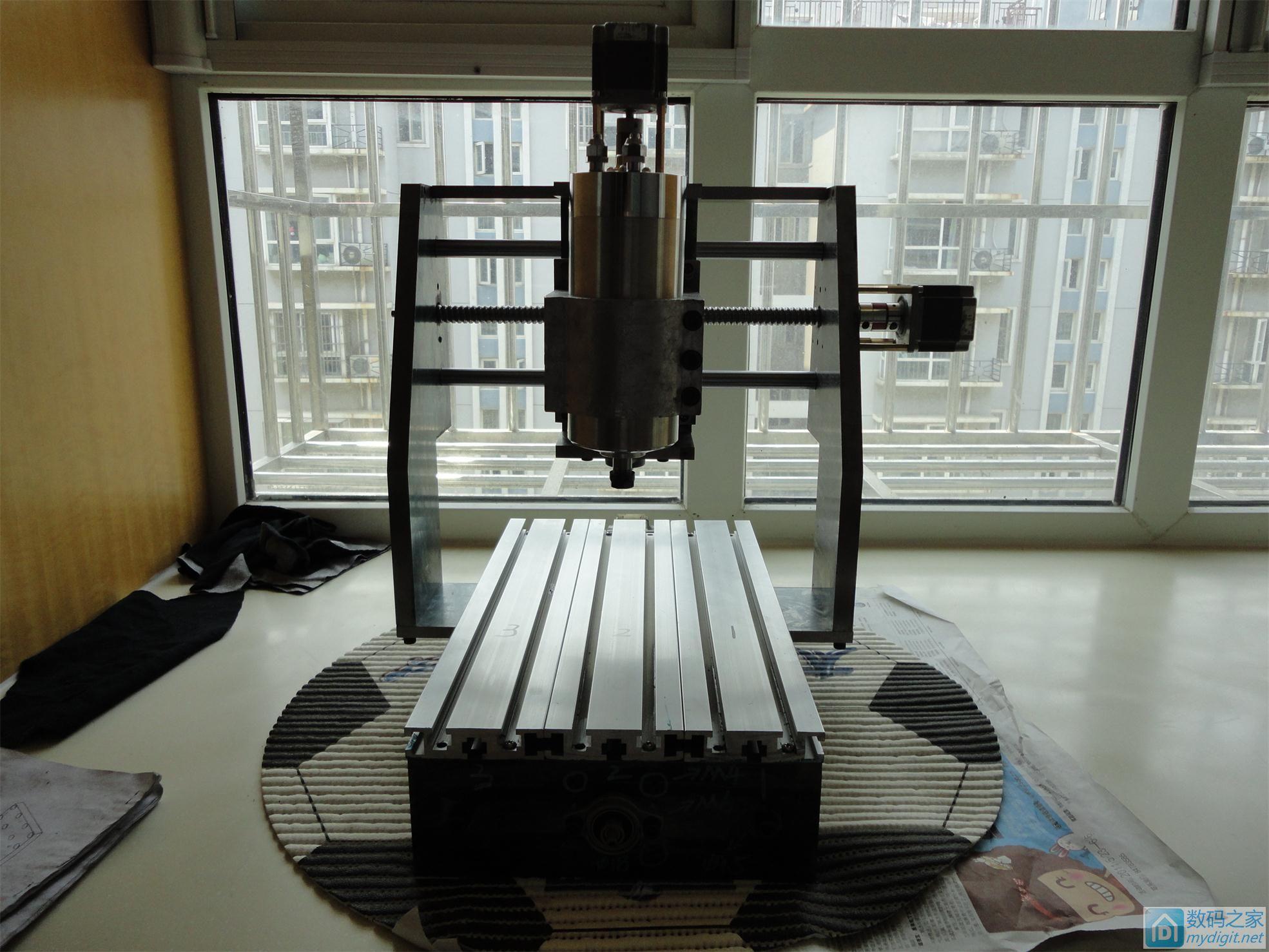 最近学习CATIA,把以前做的雕刻机用CATIA画了一遍。