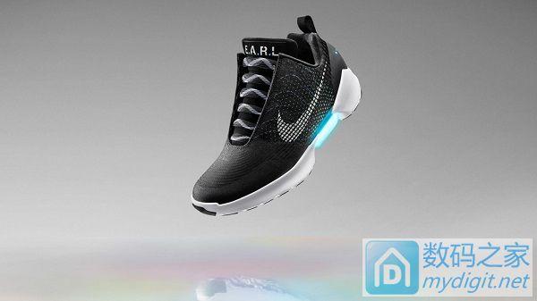 Nike发布可自动系鞋带的实惠款新鞋
