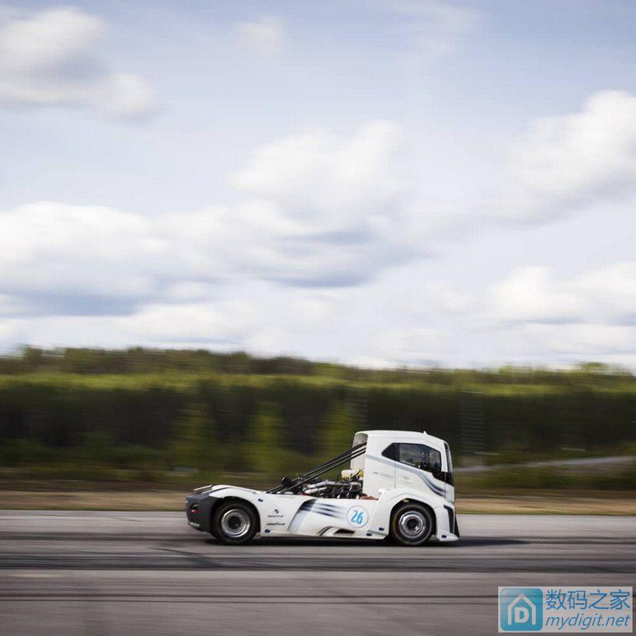赔本利器 沃尔沃创下最不务正业卡车速度新纪录