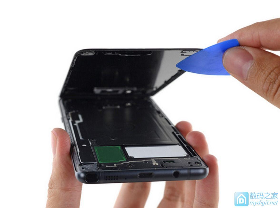 三星盖乐世Note7深度拆机 这货难修的1笔,即使有小毛病也请售后处理