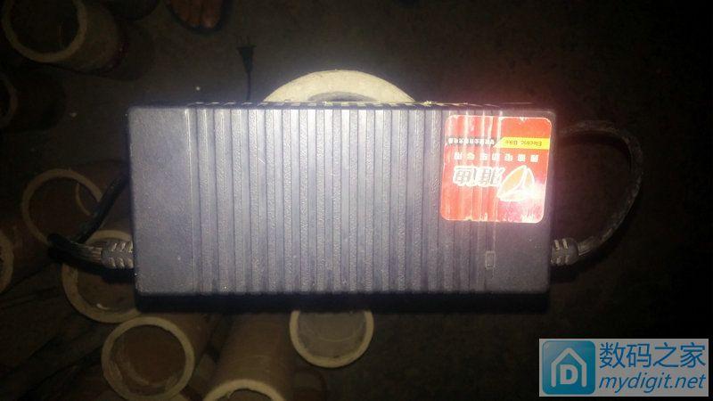 大量电动车充电器 雅迪专用48v2a 锂电充电器40元