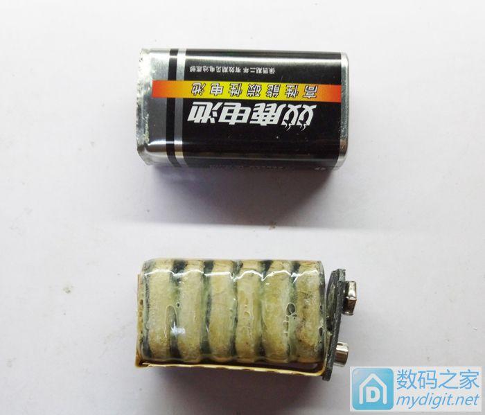 阻,MOS管,延时关机电路在背面,没有拍摄.   拆开的9V 电池   原图片