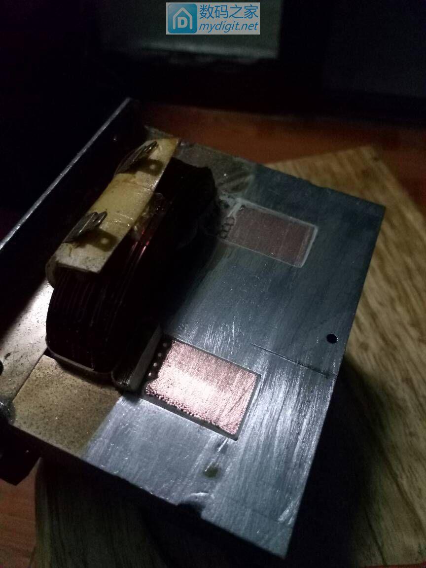 微波炉变压器次级怎么拆除?