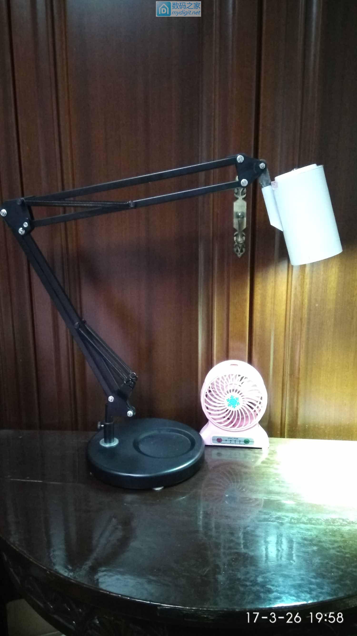移动台灯应用