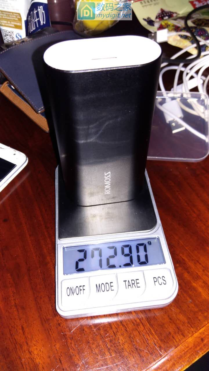 罗马仕10000毫安金属双向快充充电宝AP10开箱