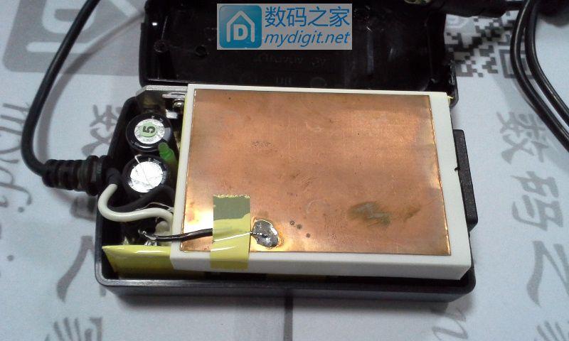 浅拆了个12V/5A 60W电源(苏州福泰电子有限公司制造)
