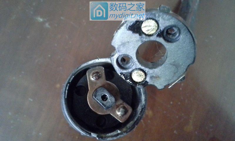 我的电动三轮开关触点接触不良,简单修理一下又能用了。