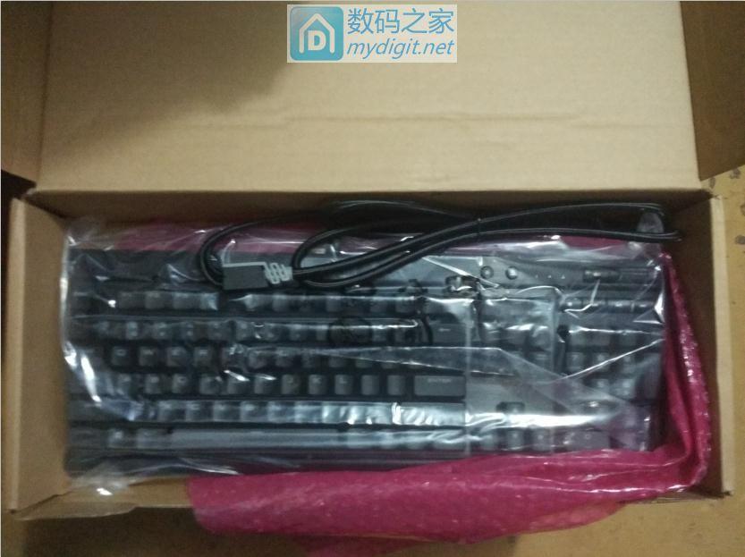 全新到货,降价出商海盗船 K70 LUX RGB游戏键盘