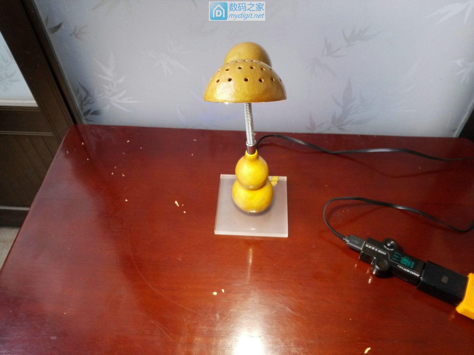 """""""土豪金""""创意葫芦台灯,实用与艺术装饰同在"""