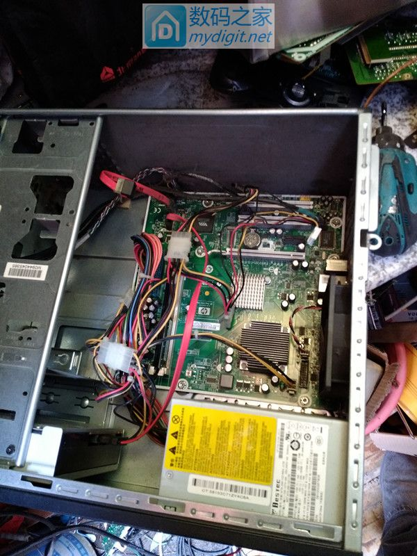 这才叫真正的DIY精神,老话题制作精品微波炉点焊机(有更新电池图))