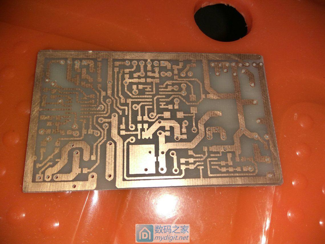 DIY多用途工具组合:万年历/烙铁/电源/假负载/万用表/频率计等功能,附电路程序