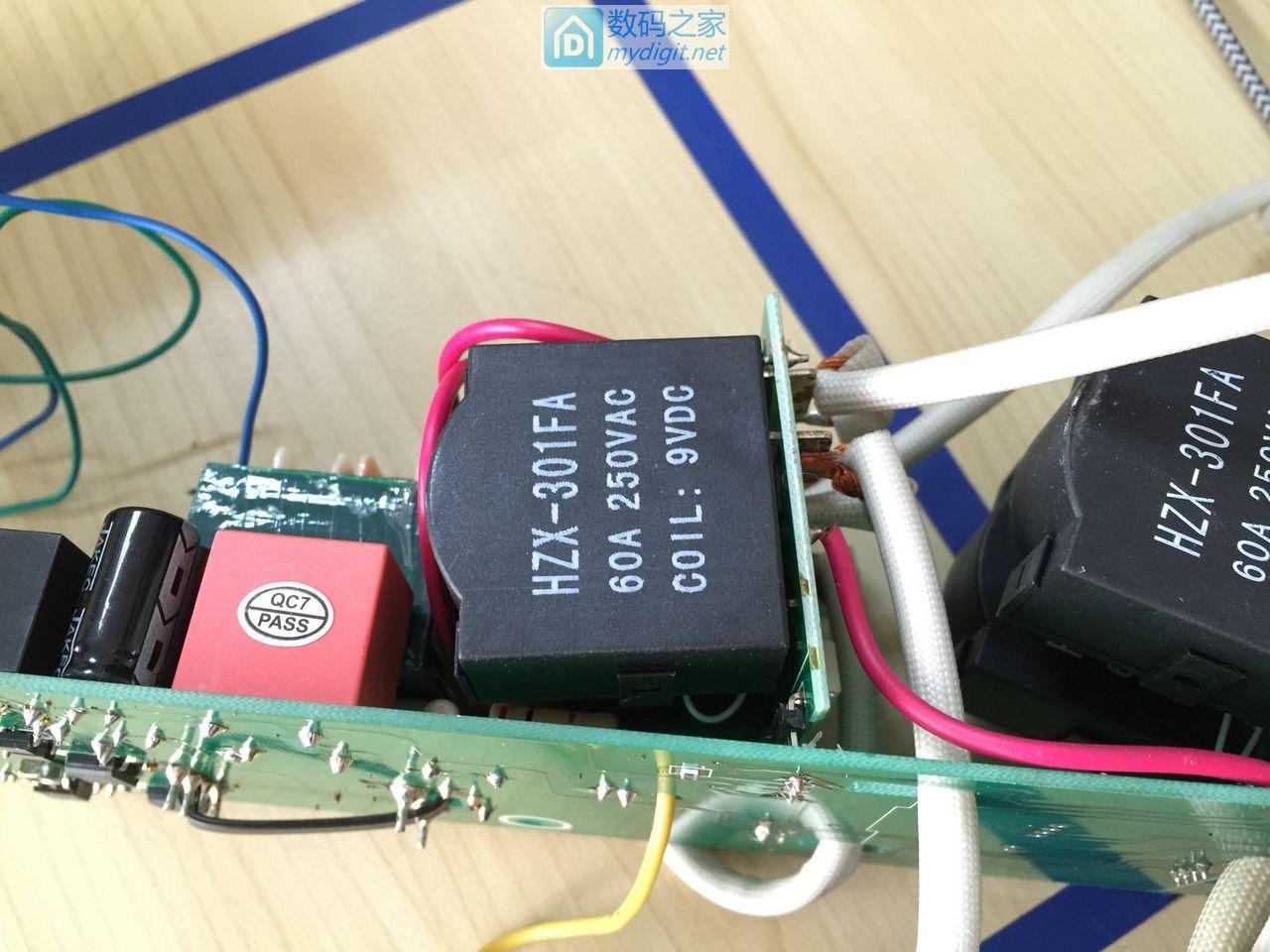 全网首拆:智能型三相交流无功补偿电容,品牌:指月、型号:ZUIC-8SW-0.45-40