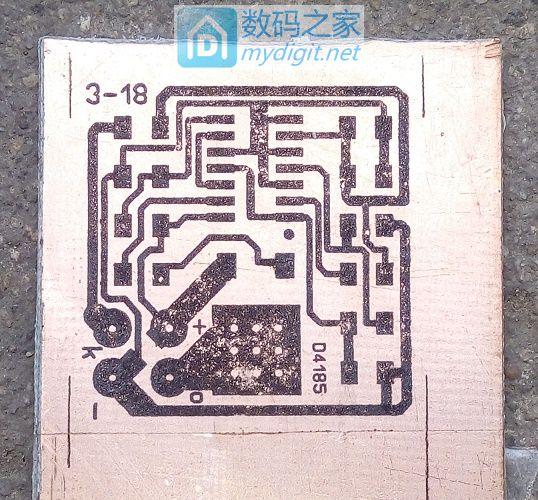 学习热转印,弄了个了个单键电子开关~~