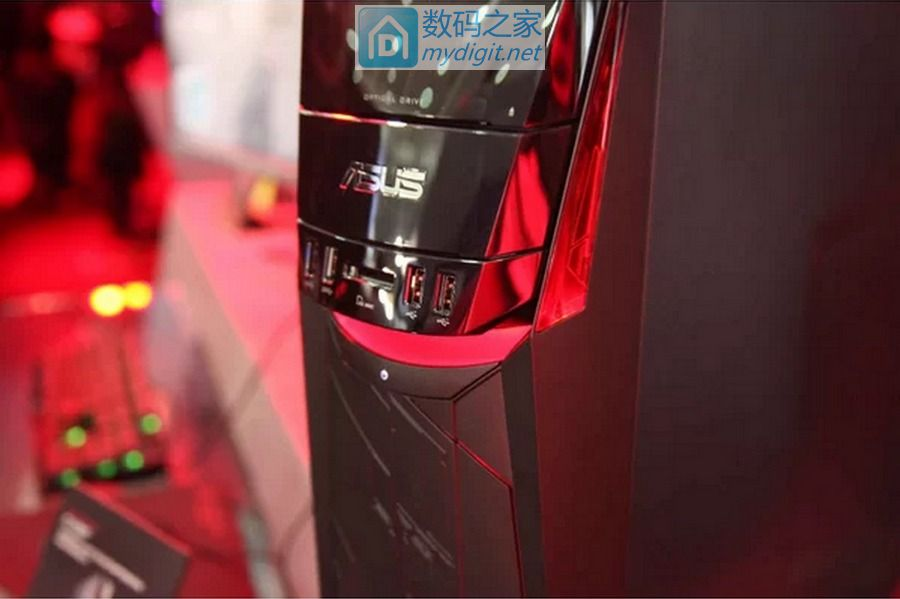 """主板稍掉价外哪都好 华硕首度量产 AMD Ryzen""""品牌机"""""""