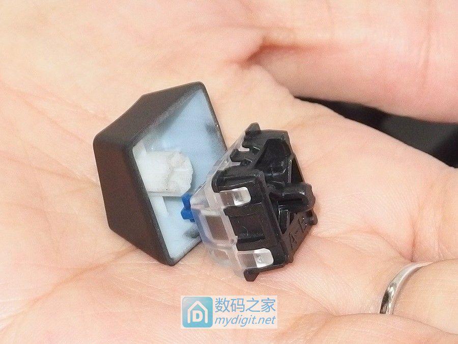 换轴就和换灯泡一样简单 铁修罗光电轴键盘GRAM SE SPPECTRUM