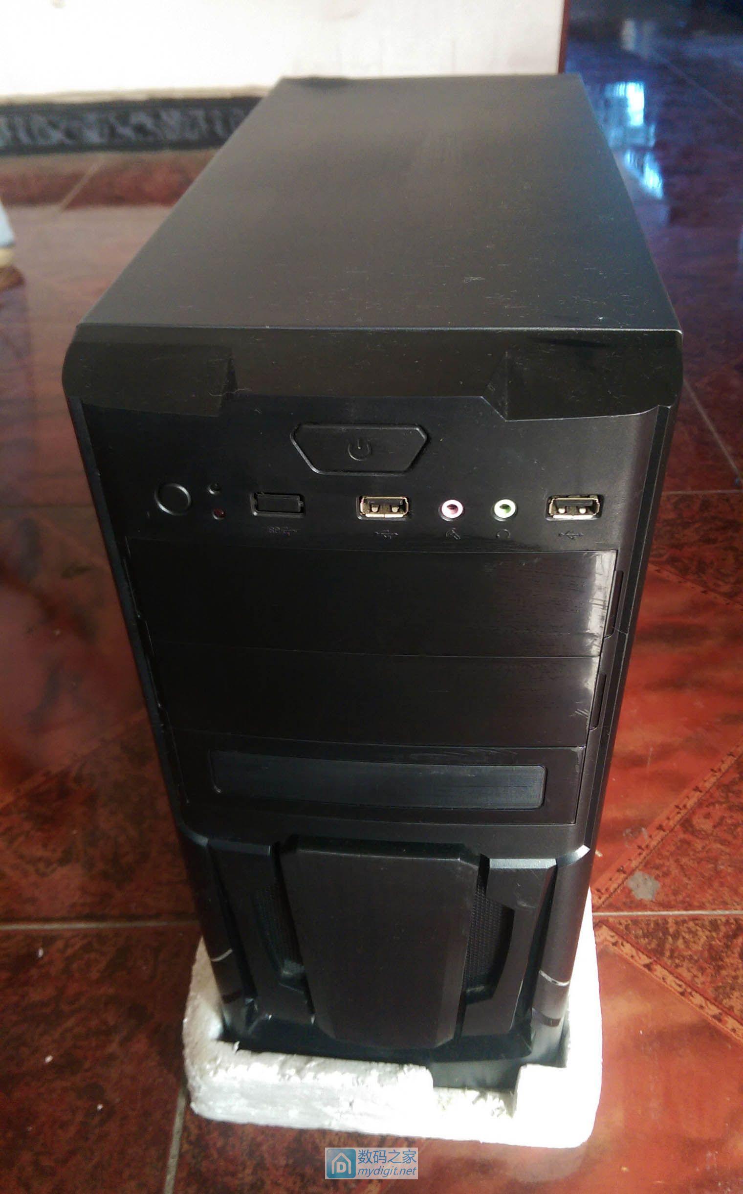 低价出售两套办公台式电脑,运行流畅,价格优惠,进来看看
