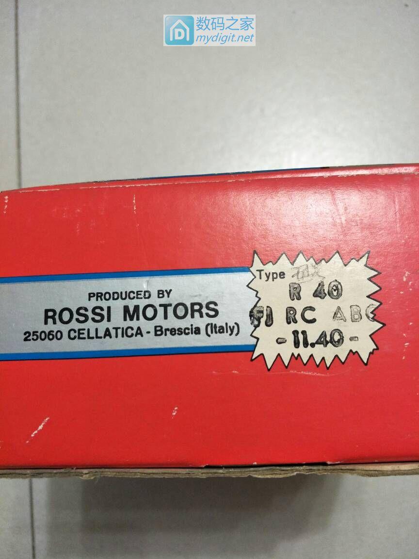 开箱秀~意大利罗西创纪录微型内燃机(ROSSI R40)