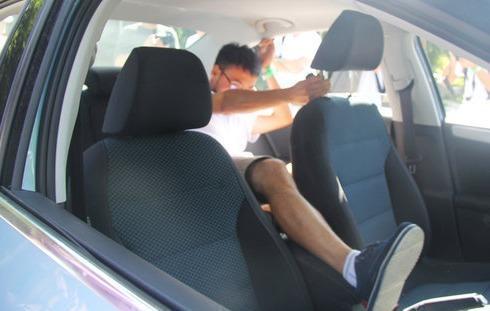 汽车里有个不起眼的小孔 平时要勤检查