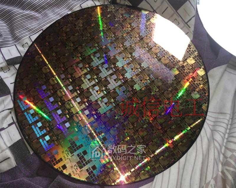 搞了点 做CPU的 硅晶片