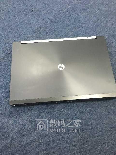 (特价机一台)惠普HP8