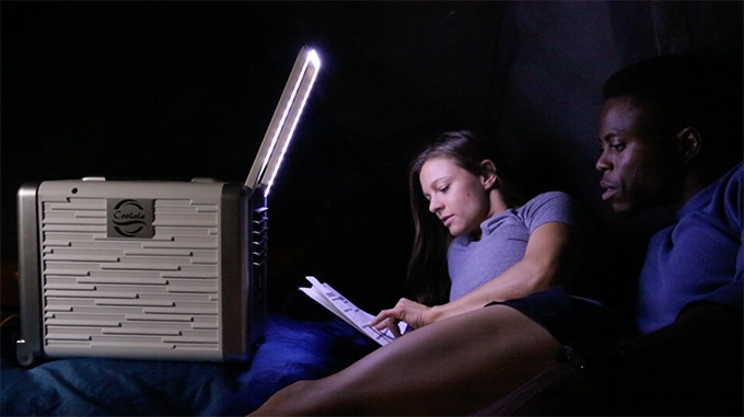行走的解暑纳凉宝器:COOLALA 自发电强冷手提空调
