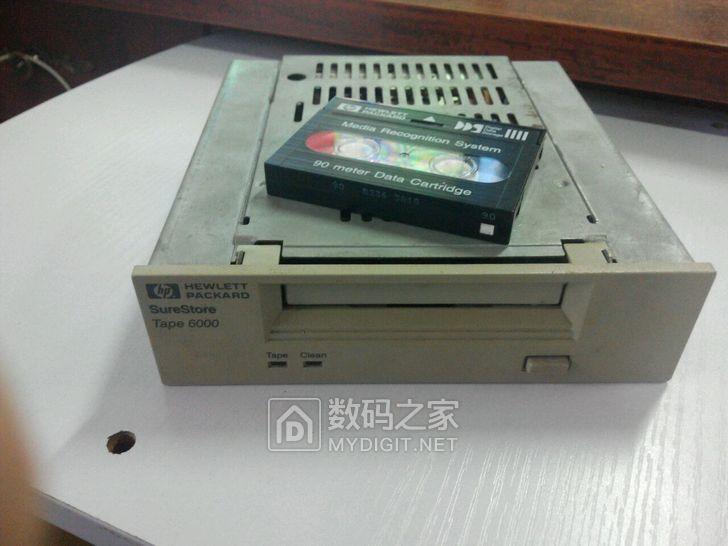 惠普磁带机Tape6000