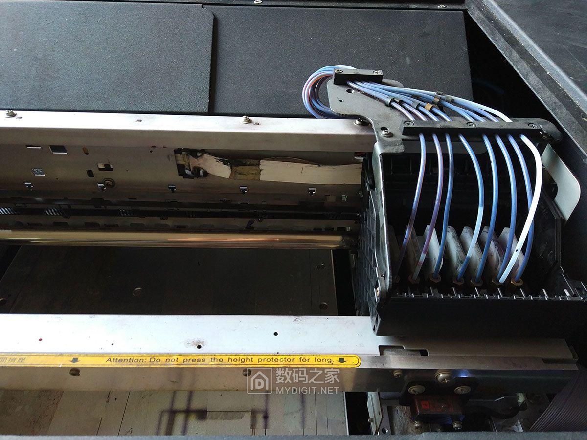 出一台平板打印机,万能