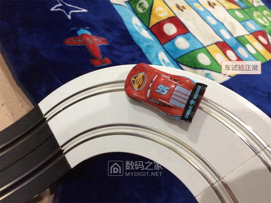 玩具双排轨道车