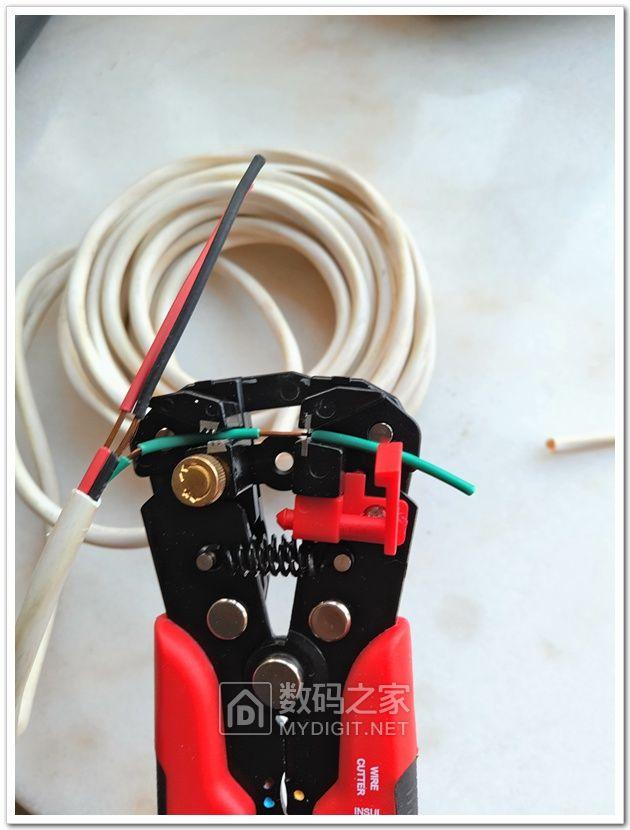 晒晒最近收入囊中的福冈异形批头,以及菲德电气剥线钳