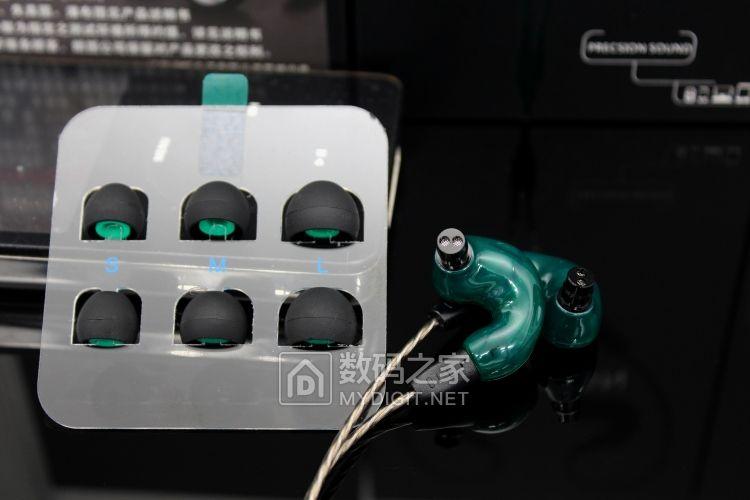 犒赏耳朵,朗图耳机 圈铁多单元分频HIFI耳机 舞台专业绕耳佩戴 人声感人均衡耐听 请进