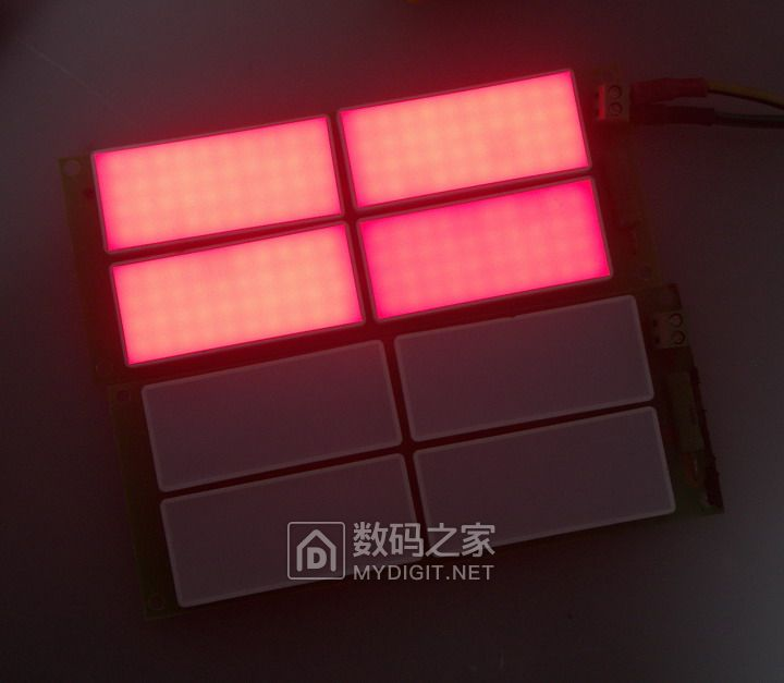 可做夜灯的红色LED背光