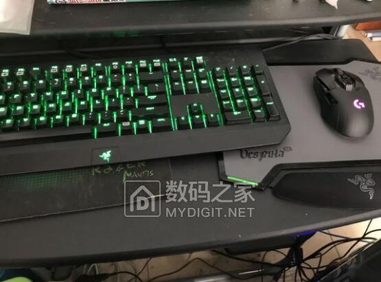 如何单个拆开键盘上的按键?