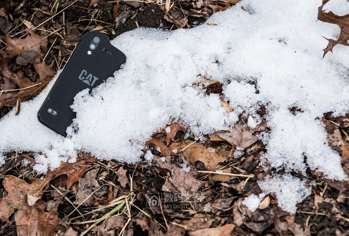 搭载热成像相机&空气质量传感器 卡特彼勒发布S61三防智能手机