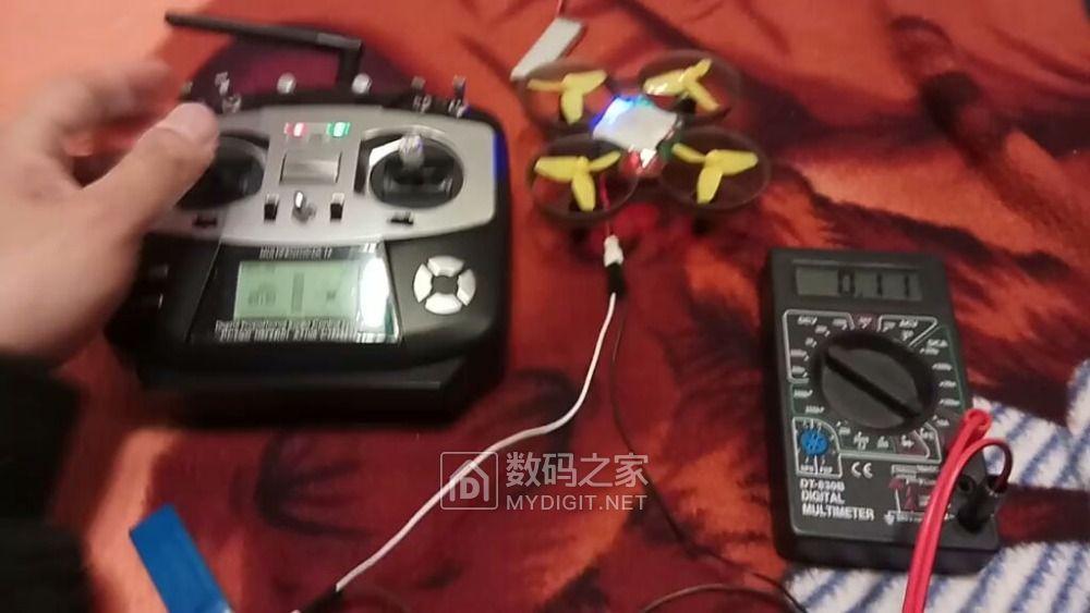 小四轴电池问题及万用表串联测量工作电流不准的问题