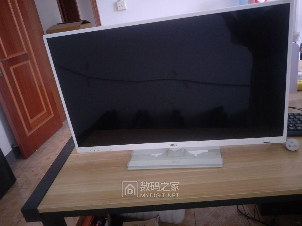 550元包邮出HKC G3201A
